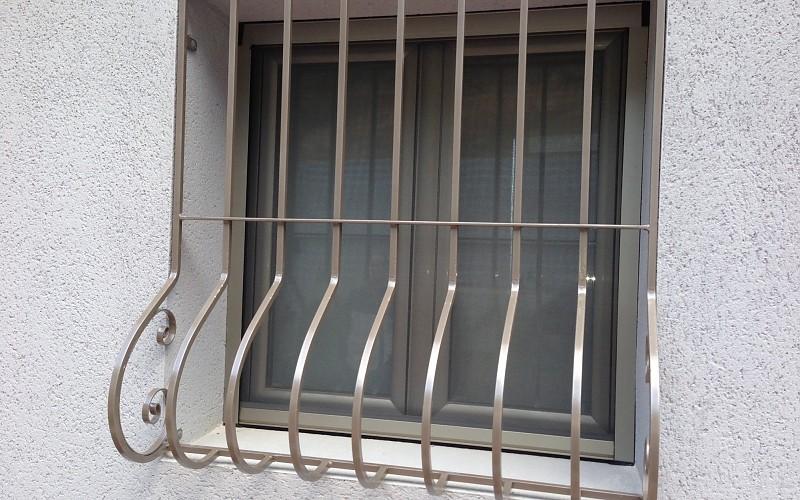 Ventanas y Puertas